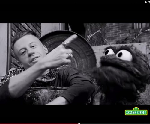 Macklemore and Oscar the Grouch team up for 'Thrift Shop' parody