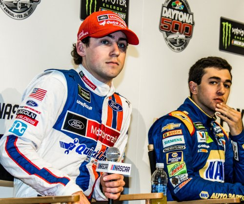 Late pass gives Ryan Blaney NASCAR Xfinity Series win