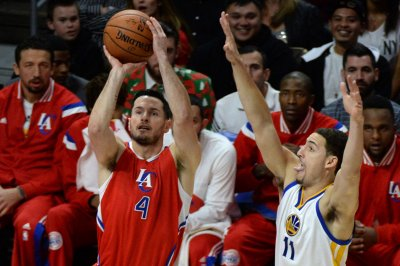 Philadelphia 76ers sign J.J. Redick to one-year deal