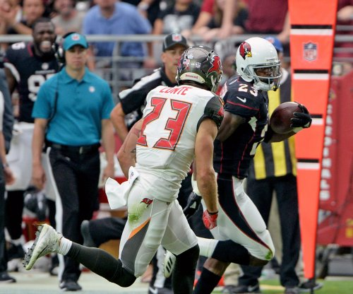 Arizona Cardinals: Adrian Peterson named NFC Offensive Player of Week