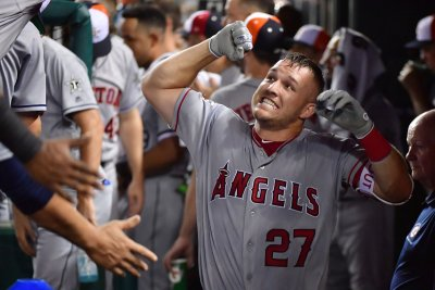 Angels' Mike Trout homers for fifth time in four games