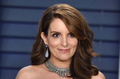 Tina Fey reflects on 'Mean Girls' 15 years later