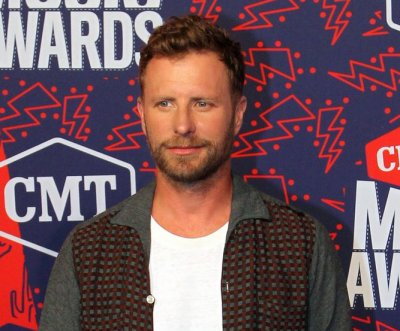 Dierks Bentley, Lady Antebellum to perform at iHeartCountry Festival