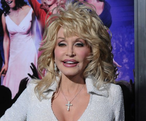 Dolly Parton, NBC announce 'Coat of Many Colors' TV movie