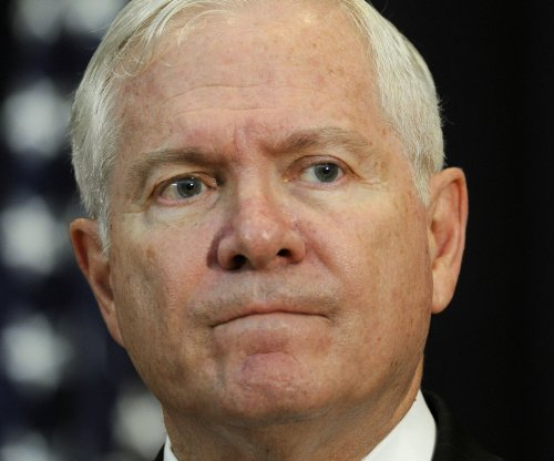 Ex-defense chief Robert Gates: GOP candidates 'simplistic' about Islamic State