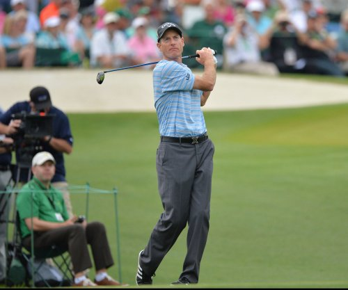 Jim Furyk (wrist) sidelined until April