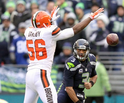Cleveland Browns release LB Karlos Dansby, WR Dwayne Bowe
