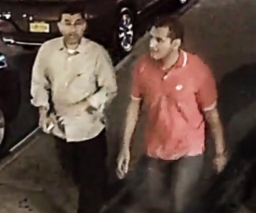 FBI seeks men who allegedly took Chelsea bomb bag