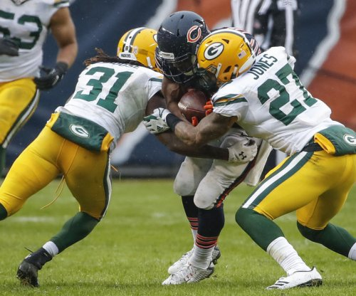 Davon House: Green Bay Packers re-sign CB, release LB