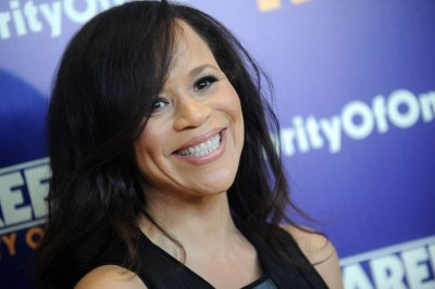 Rosie Perez joins DC's 'Birds of Prey' as Renee Montoya