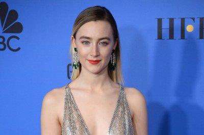 Saoirse Ronan, Emma Watson bring 'Little Women' to life in new trailer