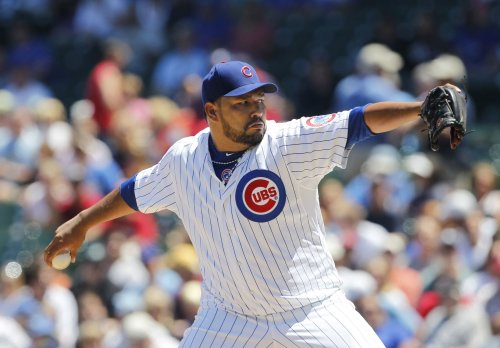 Cubs leave pitcher Carlos Silva off roster