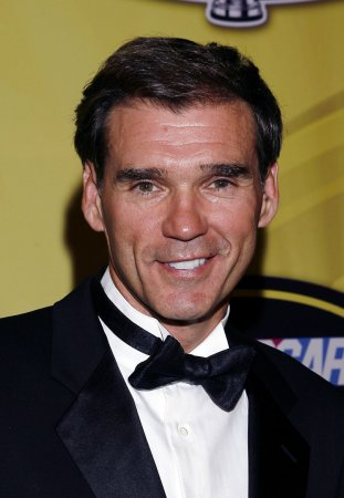 Ray Evernham joins ESPN as racing analyst