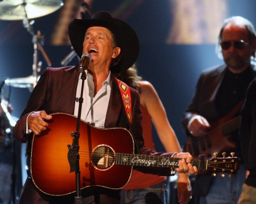 Strait announces farewell concert tour