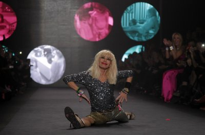 Tommy Chong, Randy Couture and Betsey Johnson join 'Dancing with the Stars'