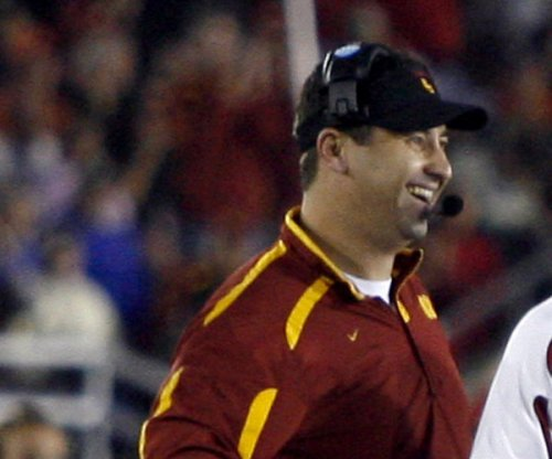 USC football: Trojans host Washington Huskies, Steve Sarkisian faces old team