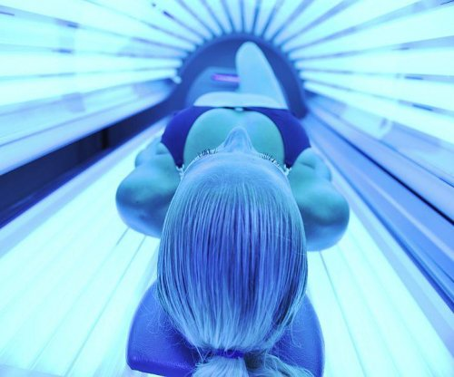 8 of 10 salons heed Texas ban on indoor tanning for minors