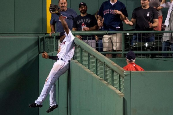 Major World New York >> Watch: Jackie Bradley Jr. robs Aaron Judge home run, Red Sox troll Yankees - UPI.com