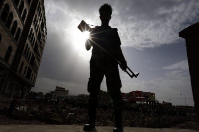 Yemen military recaptures airport from Houthi rebels