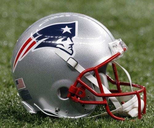 Former Boston Patriots player Tom Stephens dies