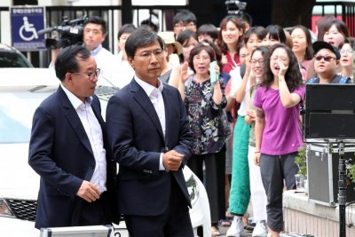 Ex-governor acquitted in South Korea's first #MeToo trial