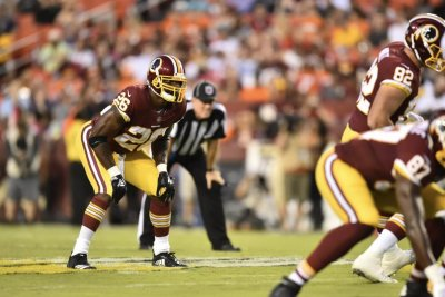 Adrian Peterson impressive in Washington Redskins debut