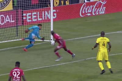 Columbus Crew goalie saves playoff win in stoppage time