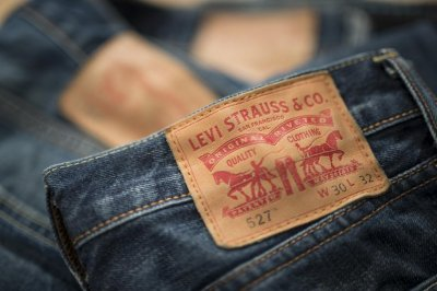 Levi's plans to return to the stock market