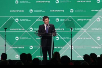 Pete Buttigieg officially announces 2020 presidential bid