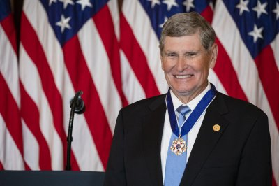 Trump awards Medal of Freedom to former Rep. Jim Ryun