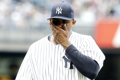Detroit Tigers rally to beat Sabathia, New York Yankees
