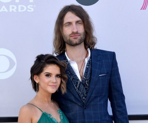 Maren Morris, Ryan Hurd attend ACM Honors after engagement