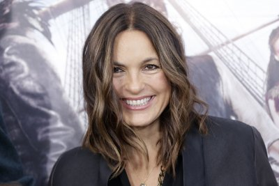 NBC renews 'Law & Order: SVU' for Season 21
