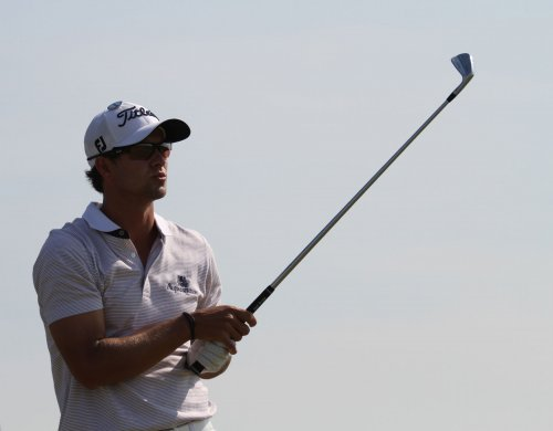Scott leads by one at WGC event