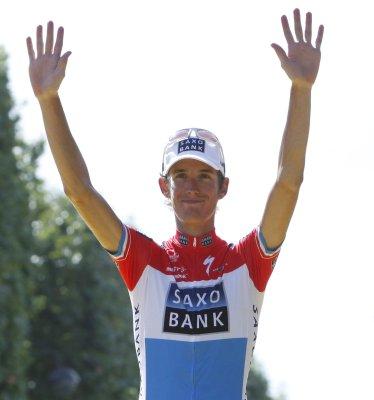 Andy Schleck takes Tour de France lead