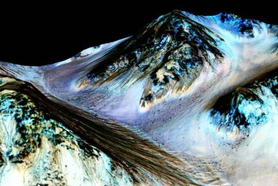 'Mars mystery' solved: Free-flowing water discovered on Red Planet, NASA says