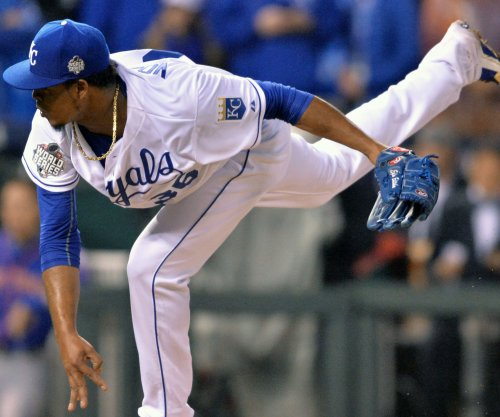 Royals' Edinson Volquez learned of father's death after start