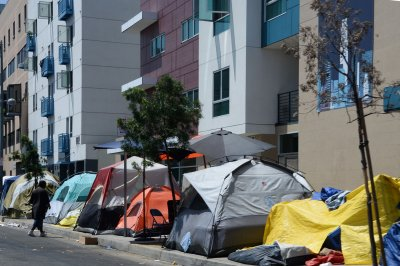 LA to pay homeowners to build second dwellings for homeless