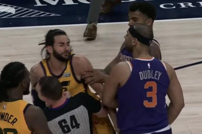 Jazz, Suns erupt in skirmish after cheap shots to Ricky Rubio