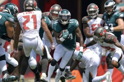Fantasy Football: Eagles' Mike Wallace has broken leg