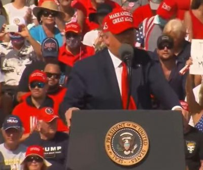 Trump says he'll deliver 'historic prosperity' at Tampa rally