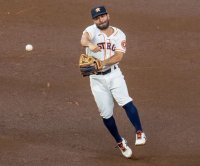 Jose Altuve, Alex Bregman among 5 Astros players on IL for COVID-19 protocols