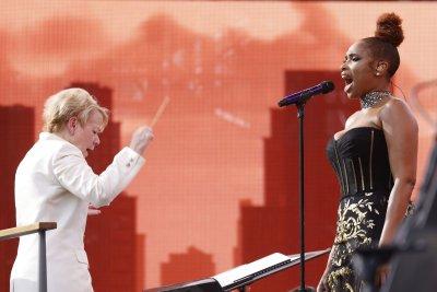 Rain cuts short New York's star-studded 'homecoming' concert