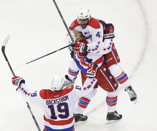Washington Capitals down New York Rangers in Game 1