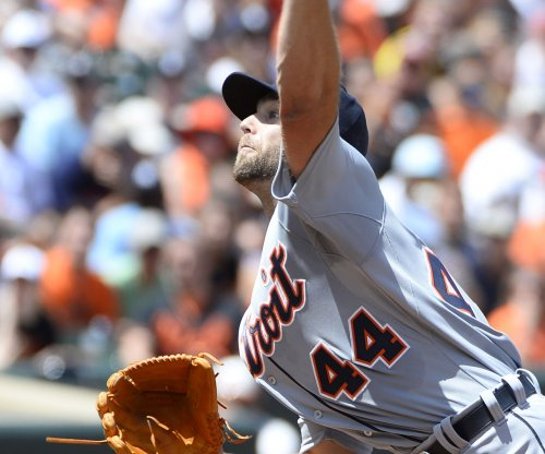 Detroit Tigers' Daniel Norris homers, then gets hurt in rout of Chicago Cubs