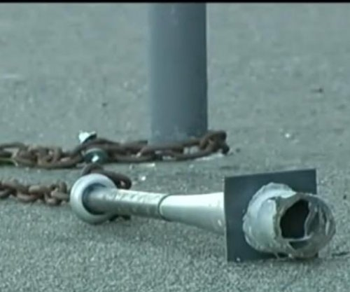 Spiked baseball bats chained to poles a 'very strange' mystery in San Francisco