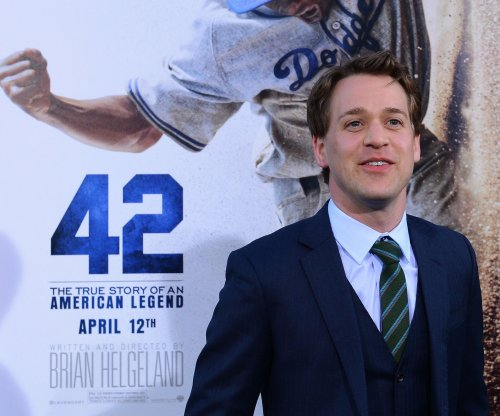 'Grey's Anatomy' alum T.R. Knight lands role on second season on 'The Catch'