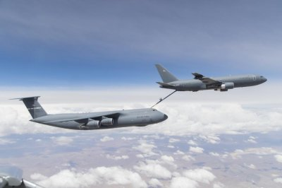 GAO: Air Force shifting money to KC-135 because of KC-46 tanker problems