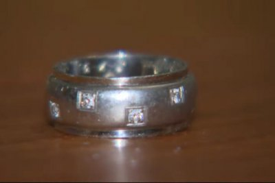 Watch:-Wedding-ring-lost-while-skiing-in-1992-turns-up-2,000-miles-away