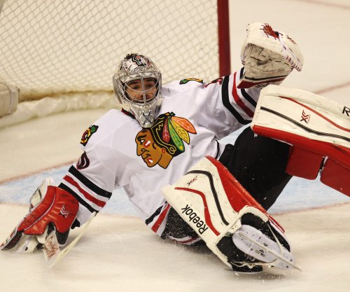 Chicago Blackhawks hold off Minnesota Wild